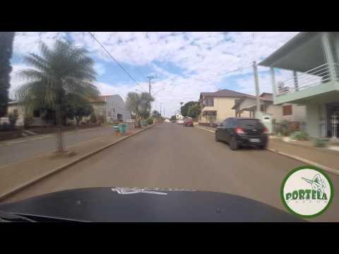 Que tal um passeio pela avenida principal de Vista Gaúcha?