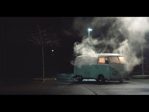 L'Entourage desvela el primer clip de su próximo trabajo