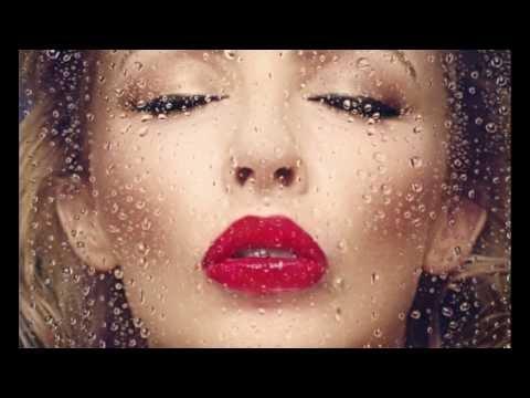 ", title : 'Kylie Minogue: la regina del dance floor torna con ""Kiss me once"". (LoSpettacolo.it)'"