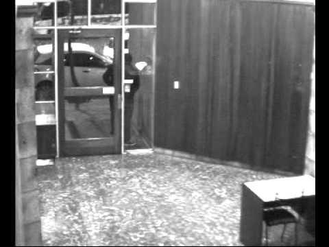 Así entran a robar departamentos en Nueva Córdoba [Agosto 2015] Por favor, difundir.