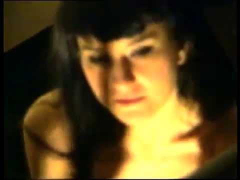 Amara: Cómo hablar (Videoclip Oficial, año 2000)