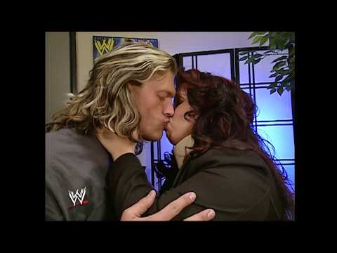 Edge And Vickie Guerrero Kiss | SmackDown December 14, 2007