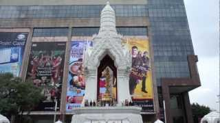 バンコク市内観光トリムルティ