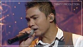 Video NaFF - Kuingin Kau Selalu Ada (Live Acoustic) MP3, 3GP, MP4, WEBM, AVI, FLV Desember 2018