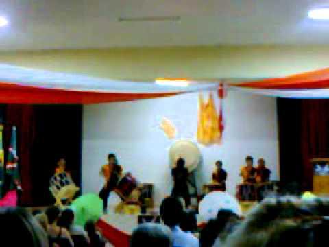 festival de teatro(dança japonesa)Centenario do sul parana