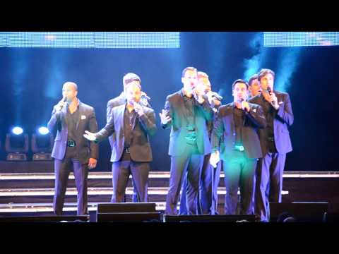 """Straight No Chaser performs """"Nutcracker"""""""
