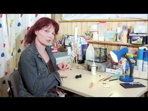 Maskenbildnerin hinter den Kulissen — Claudia Schäfer Spezialeffekte