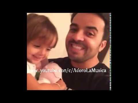 Hija de Luis Fonsi sorprende  cantando (VIDEO)