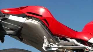 2. Episode 9: MV Agusta F4 RR and MV Agusta Brutale 1090 RR Test