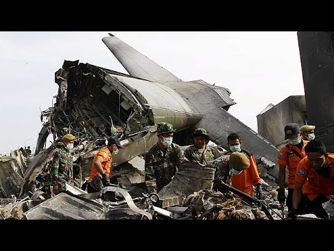 Ινδονησία: Ανεβαίνει ο απολογισμός της αεροπορικής τραγωδίας