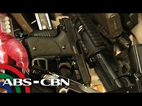 Lord - Lumalabas sa mga dokumentong nakuha mula sa Firearms and Explosive Division ng Philippine National Police na sa 6 na baril na nakumpiska mula sa isang drug lord sa Bilibid, 4 dito ay rehistrado...