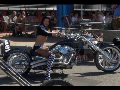 girls revving - Do you want to ride the Bikes or the Girls ? Rate, Comment or Subscribe, Please.
