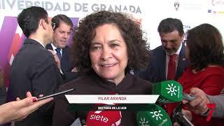 Los estudiantes universitarios conocen propuestas laborales en la Feria de Empleo de Granada