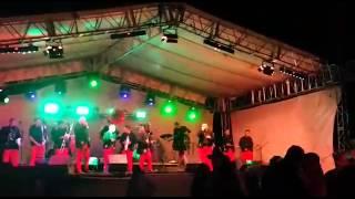 video y letra de Te metiste por La Sensacional Banda Villanueva