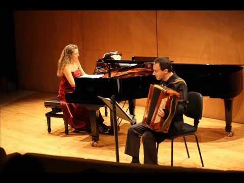 DANZA EROTICA (Accordion Alessandro Mugnoz-Piano Claudia Menghi)