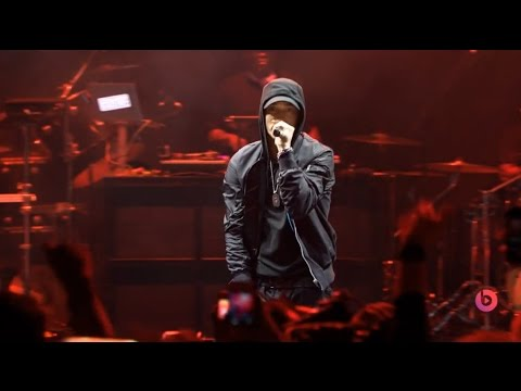 live music - My Name Is 0:13 - Forgot About Dre (feat. Dr Dre) 1:45 - Lose Yourself 5:28 Download: http://www.file-upload.net/download-8886432/Eminem_live_2014_at_The_B...