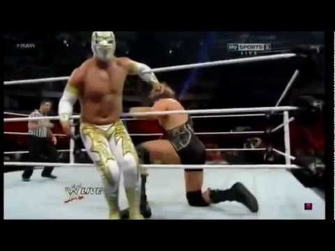 sin cara - https://www.facebook.com/pages/Sin-cara-Mistico-French-Team/280776378690149.