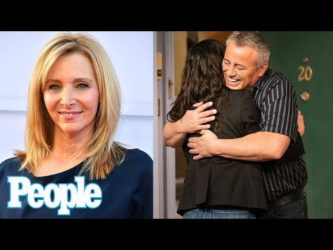 Lisa Kudrow Reveals Emotional Friends Reunion Moment Viewers May Have Missed   PEOPLE