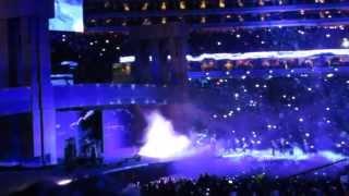 Download Lagu The Undertaker's Entrance At Wrestlemania 29/XXIX Mp3
