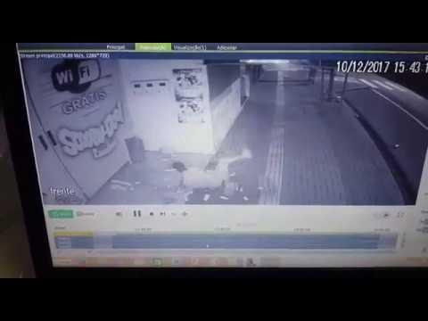Palotina - Em possível tentativa de furto indivíduo despenca de marquise e é flagrado pelas câmeras de segurança. Confira o vídeo.