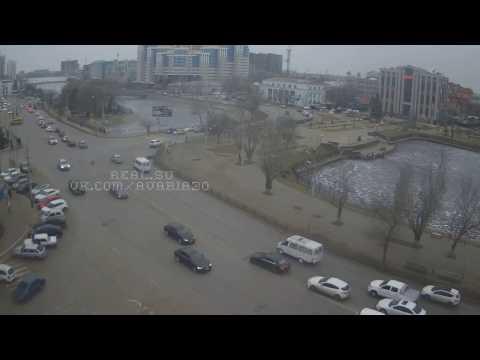 ДТП 11.01.2017 Ниссан vs Lаdа 2112 - DomaVideo.Ru
