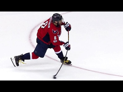 Ovechkin gets one back to cut Crosby, Penguins' lead in half