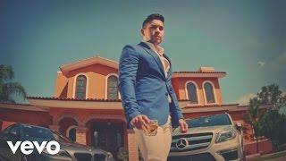 video y letra de Etiqueta Azul por El Bebeto