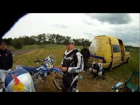 Podróż po różnych torach do motocross w polsce.