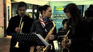 "Video Jazzový pomaranč - The Chicken"" by Jaco Pastorius cover"