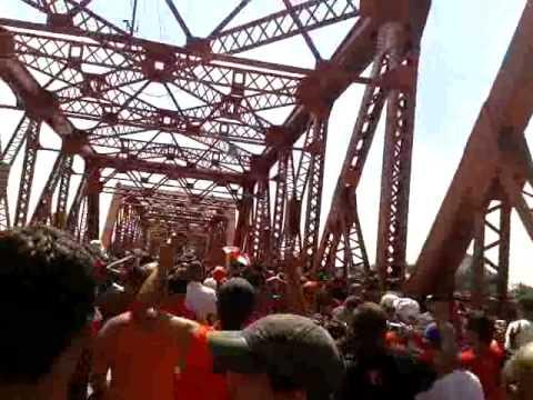 Vs Racing / Caminando a la cancha! - La Barra del Rojo - Independiente