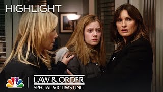 Law & Order: SVU - Share the Moment: A Family Destroyed (Episode Highlight)