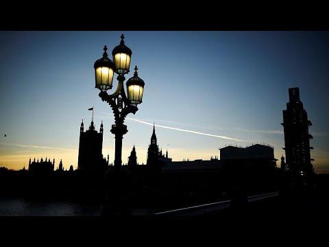 Η «αστειά» διαδικασία της ψηφοφορίας στο Βρετανικό Κοινοβούλιο…