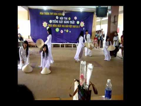 Lớp 11a24 múa Quê Tôi bản gốc