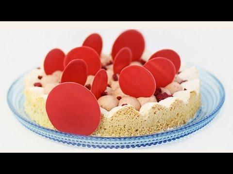 Migdolų pyragas su žemuoginiu kremu Diplomat