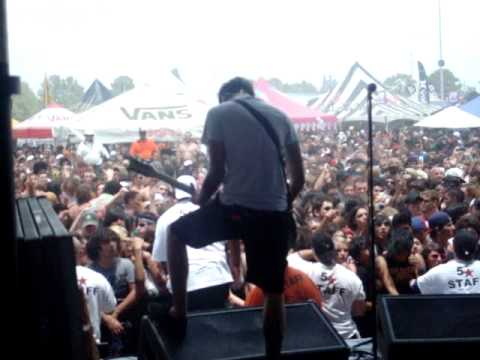 avengedxxromance - these videos were too short for theyre own, so i put them together :D Includes: Dogs Can Grow Beards All Over Still Fly @Houston Warped Tour 2009 July 3rd.