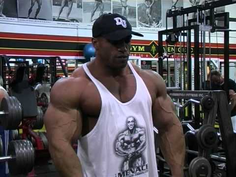 IFBB Pro Bodybuilder Dennis James – Muscletime Titans Part 1