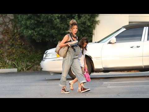 Denise Richards Looks Super Cute In Overalls While Grabbing Lunch With Daughter Eloise