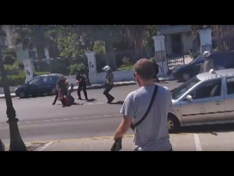 Θάνατος Βασίλη Μάγγου: «Αθλιότητες» βλέπει το υπουργείο Προστασίας του Πολίτη – Υποκριτικά τα «δάκρυά» του (Videos)