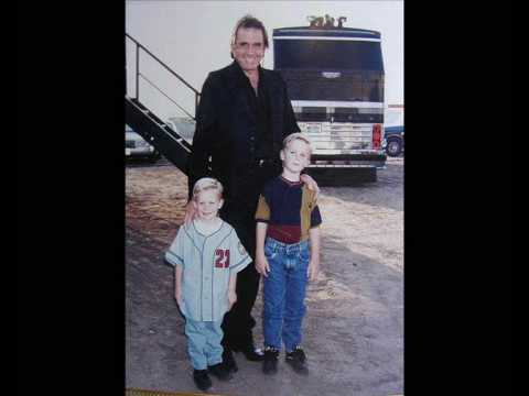 Highwayman - Willie Nelson, Johnny Cash, Waylon Jennings and Kris Kristofferson