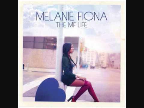 Tekst piosenki Melanie Fiona - Running (ft.Nas) po polsku