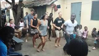 White people learn to dance in Nima (Accra, Ghana).