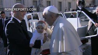Paus Franciscus: Alle mannen en vrouwen zijn geroepen tot heiligheid