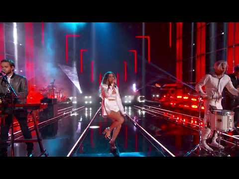 Video Zedd, Maren Morris, Grey - The Middle (Live From The Billboard Music Awards - 2018) download in MP3, 3GP, MP4, WEBM, AVI, FLV January 2017
