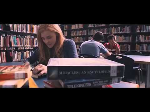 """Carrie"" (2013) CLIP: Carrie Researches Her Powers [Chloe Grace Moretz]"