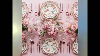 Add some style to your wedding centerpiece decor