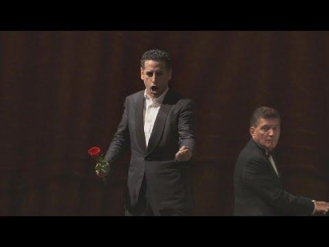 Χουάν Ντιέγκο Φλόρες: Ο διάσημος τενόρος μιλά για την όπερα…