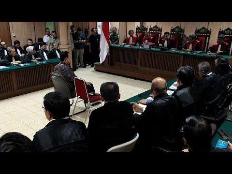 Αχόκ: Σε δίκη για έναν στίχο του Κορανίου