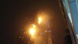 Dubai'de korkutan yangın