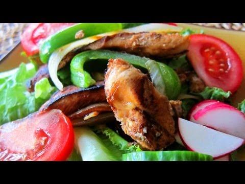 Chicken Fajita Salad – Healthy Dinner Recipe