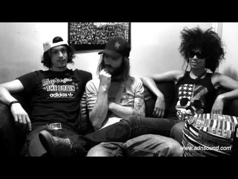 0 Interview   Shaka Ponk   06.2011